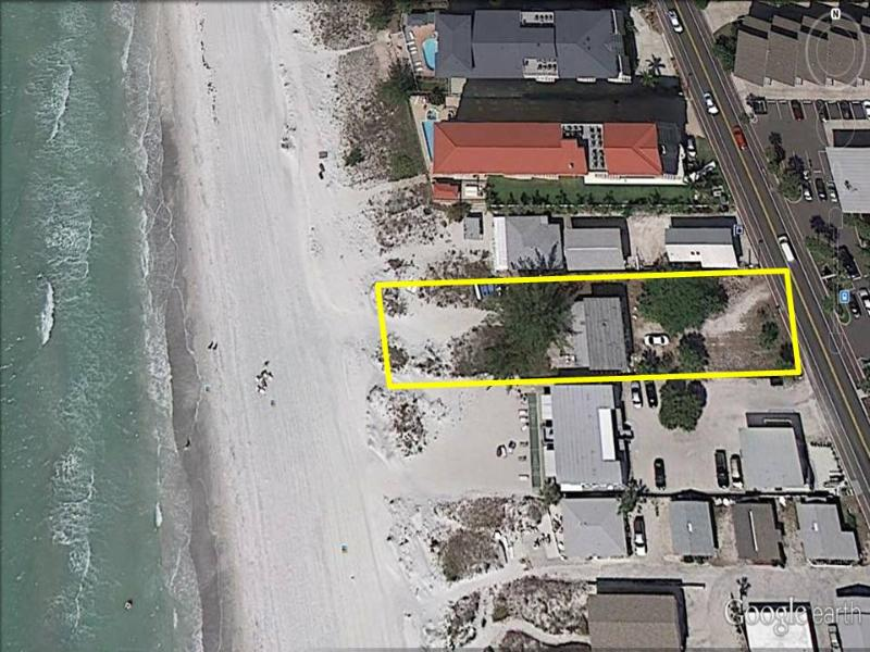 "BEACHFRONT HOUSE 4BR/2BA  ""Beach Bum's House""   Pe - Image 1 - Indian Shores - rentals"