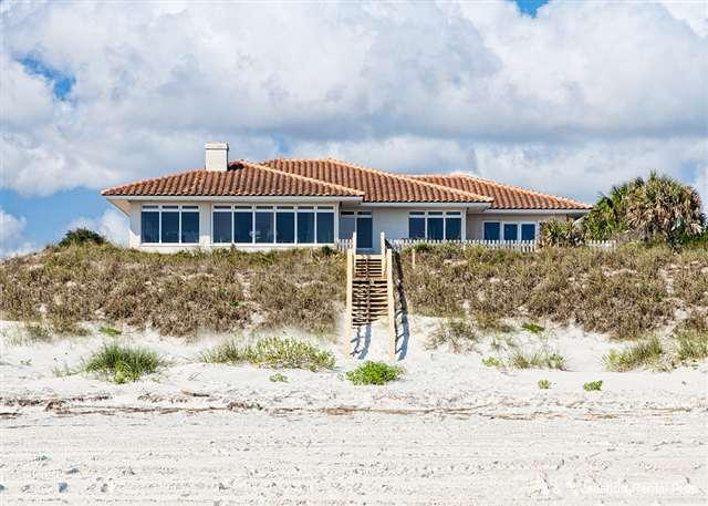 Atlantic Angel is a beachfront Mediterranean style home - Atlantic Angel, Beach Front, 4 bedrooms, Luxury with Brand New P - Saint Augustine - rentals