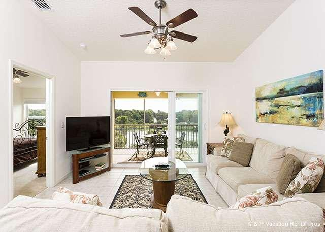 The perfect Florida living room with views and huge HDTV! - Canopy Walk 542, 4th floor penthouse unit, elevator, wifi, pool - Palm Coast - rentals