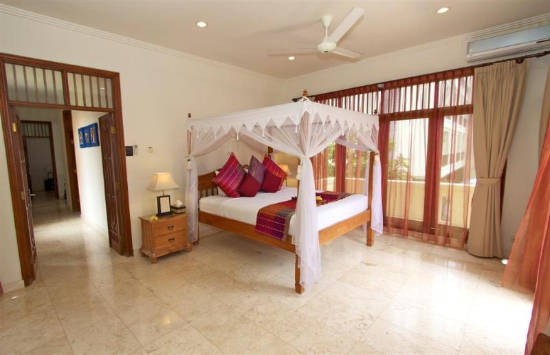 upstairs masterbedroom - Largest Villa in Kuta Royal,  C1 -Turquoise - Kuta - rentals