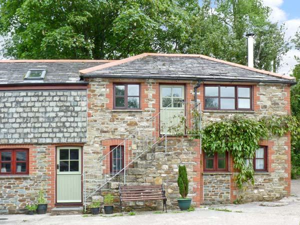 THE BARN, detached conversion, working farm, woodburner, garden, close to Eden Project and beaches, in Withiel Ref 16170 - Image 1 - Wadebridge - rentals
