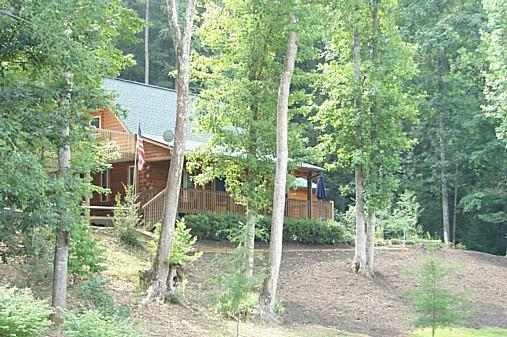 2000 sf ft Log home+ 900 sq ft of decks hidden away in trees! - LOG HOME SECLUSION ON 10 ACRES w/Creek - Sleeps 11 - Lake Lure - rentals