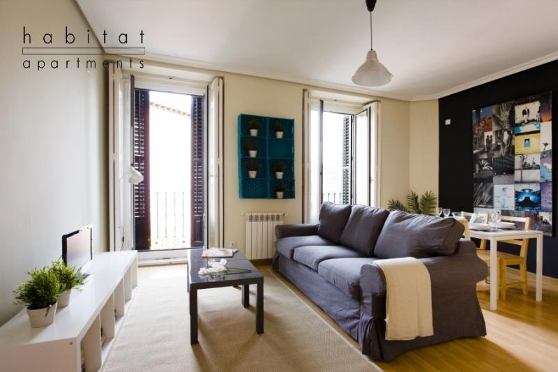 Latina Gallery apartment - Image 1 - Barcelona - rentals