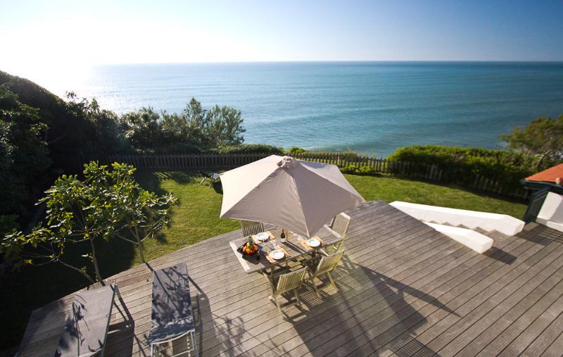 Award-winning Oceanfront 2 BR Contemporary Villa - Image 1 - Bidart - rentals