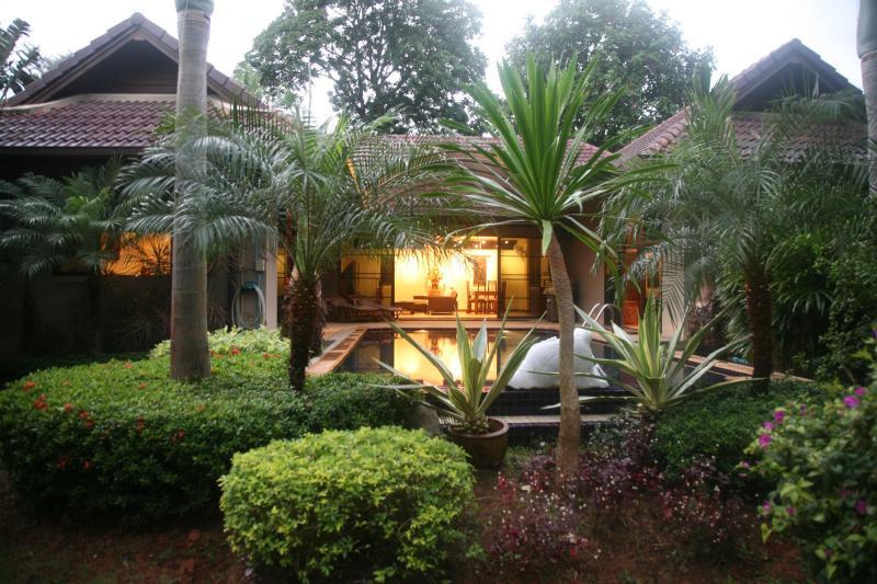 Back Yard Garden - Nai Harn Villa Phuket - Rawai - rentals
