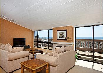 2 Bedroom, 2 Bathroom Vacation Rental in Solana Beach - (SUR143) - Image 1 - Solana Beach - rentals
