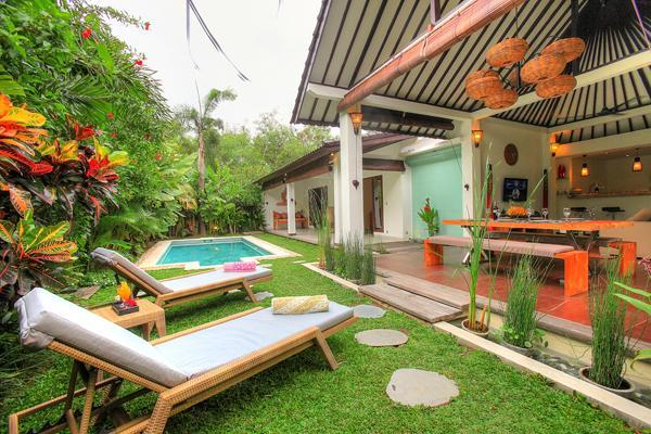 Exterior area in the day - 2 Bedroom Villa Close to the Beach - Seminyak - rentals