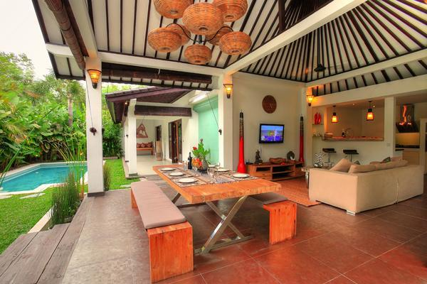 Dining and Living area - 2 Bedroom Villa Close to the Beach - Seminyak - rentals