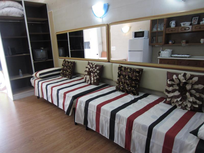 2 single beds - Studio Flat in Qawra N - Qawra - rentals
