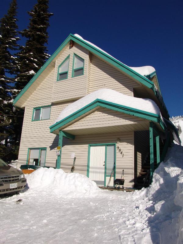 Skimore Chalet - Skimore  Ski in Ski Out - Silver Star Mountain - rentals