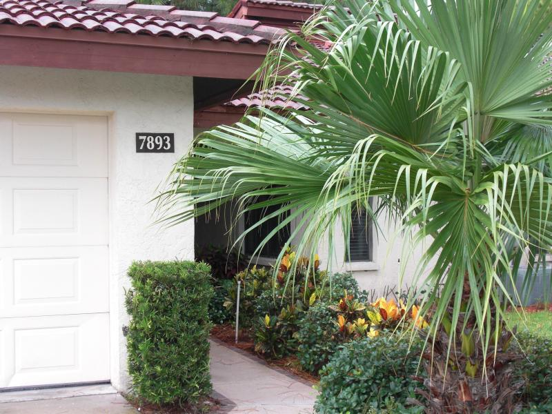 Entryway - Sarasota Best Kept Secret-Avail Beg Dec 10-17,2016 - Sarasota - rentals