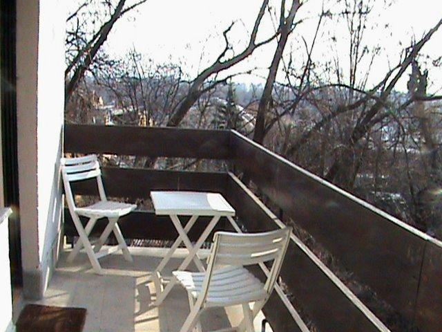 Balcony in winter - Family apartment with parking and WIFI - Budapest - rentals