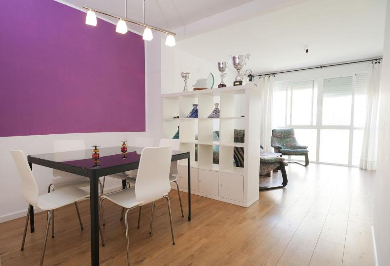 Dining area and living room. - Apartment close to old town.WIFI - Tarifa - rentals