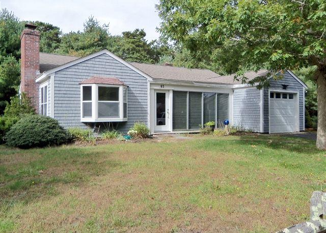 65 FOSTER RD., BREWSTER - Brewster 2 Bedroom, 1 bath just 3 blocks to Grandfather's Beach! - Brewster - rentals