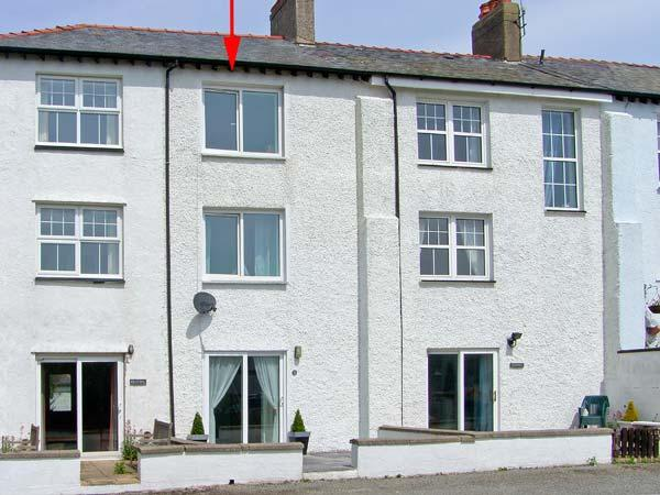 THE SPINNAKER, coastal, sea views, beach 5 mins walk, stylish accommodation in Trearddur Bay Ref 16885 - Image 1 - Trearddur Bay - rentals