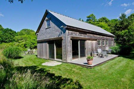 MEADOW HOUSE ON BLUEBERRY RIDGE - CHIL VBAR-39GH - Image 1 - Chilmark - rentals