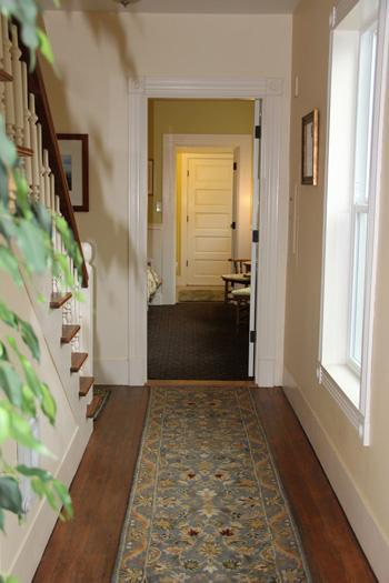 Downstairs - Hallway - Etta's Place Suites - Couple's Historic Retreats - Friday Harbor - rentals