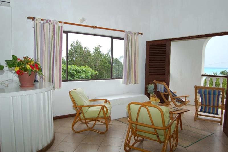 Sitting Area Studio - La Residence Sea view  Studios and Bungalows - Victoria - rentals