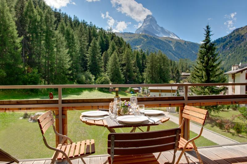 View from the balcony - Chalet Altesse - spacious apartments for rent - Zermatt - rentals