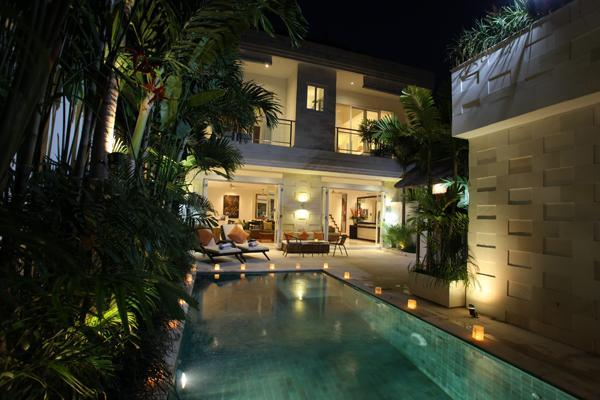 JUST 100M FROM JL OBEROI, SPACIOUS INTERIORS - Image 1 - Seminyak - rentals