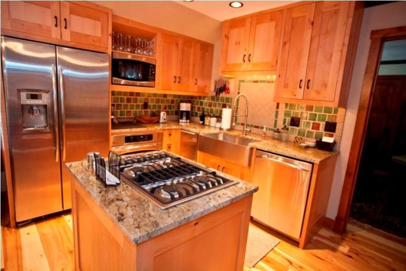 Kitchen - Penthouse by the Gondola - Ore Station Telluride - Telluride - rentals