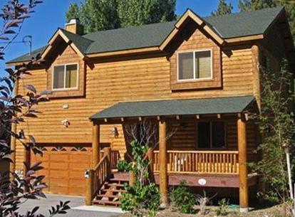 Front View - Moonridge, Big Bear Luxury Cabin - steps from Bear Mountain - Walk to ski! Big Bear Luxury Cabin (3BR, 2000sqft) - Moonridge - rentals