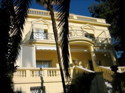 La Pastorale, Lovely 4 Bedroom Villa with a Garden and Balcony - Image 1 - Cannes - rentals