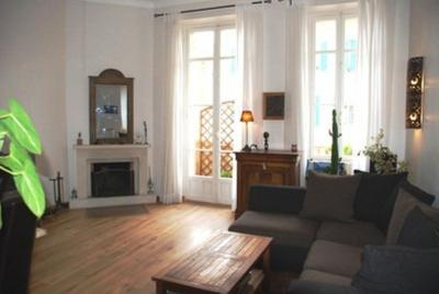 Marius 2 Bedroom Cannes Apartment with a Balcony - Image 1 - Cannes - rentals