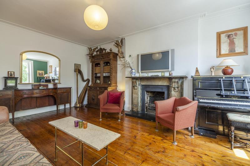 Pet Friendly 5 Bedroom London Apartment - Image 1 - London - rentals