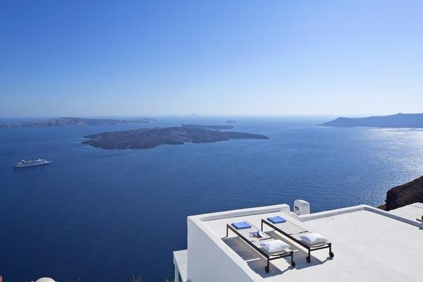Phenomenal volcanic views with a cool, cavernous interior. MED GAI - Image 1 - Santorini - rentals