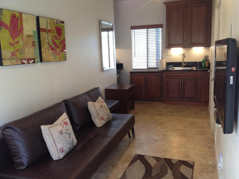 sitting/living room - Studio in the heart of downtown Huntington Beach - Huntington Beach - rentals