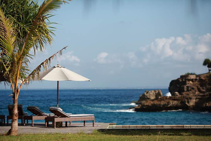 Driftwood - the ultimate in Beach House chic - Image 1 - Nusa Lembongan - rentals