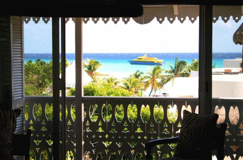 Ocean view from living area - Chic Ocean view penthouse - 1 Block from beach - Playa del Carmen - rentals
