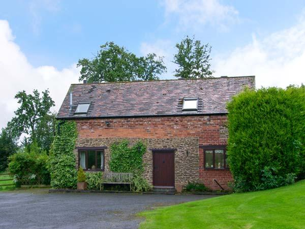 THE OLD BARN, near Bewdley, scenic forest and country walks, with off road parking and a garden, Ref 17612 - Image 1 - Bewdley - rentals