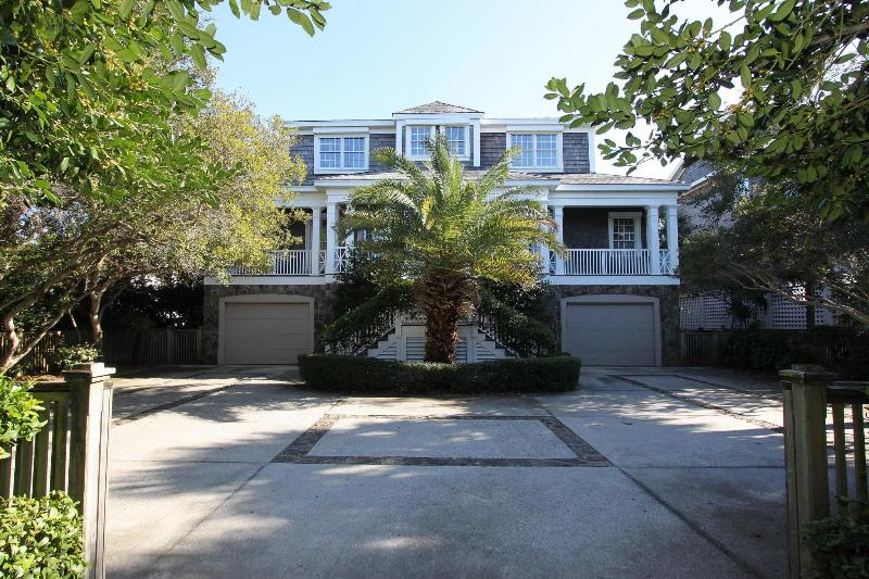 Front Exterior - Elegant, Oceanfront 5 Bed, Home w/Heatable Pool! - Isle of Palms - rentals