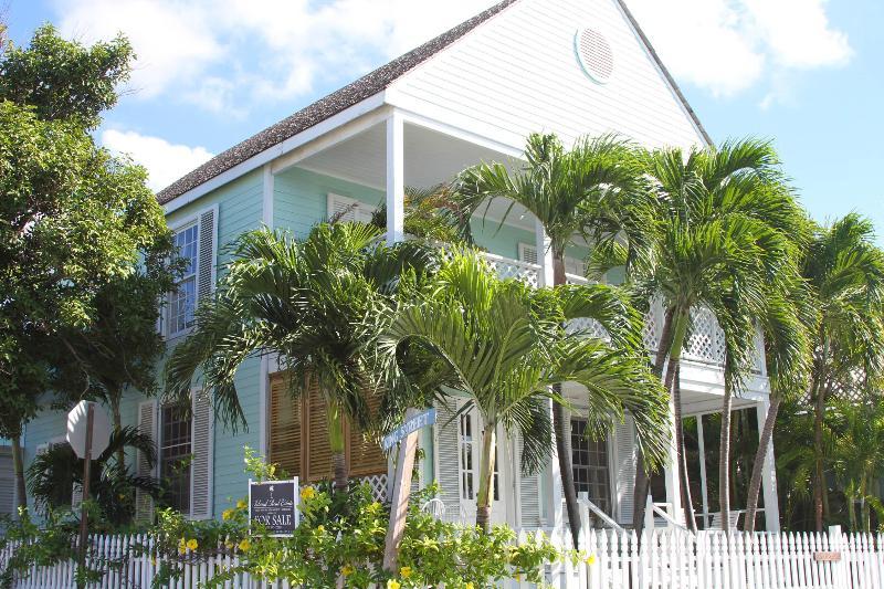 Heartsease - Image 1 - Harbour Island - rentals