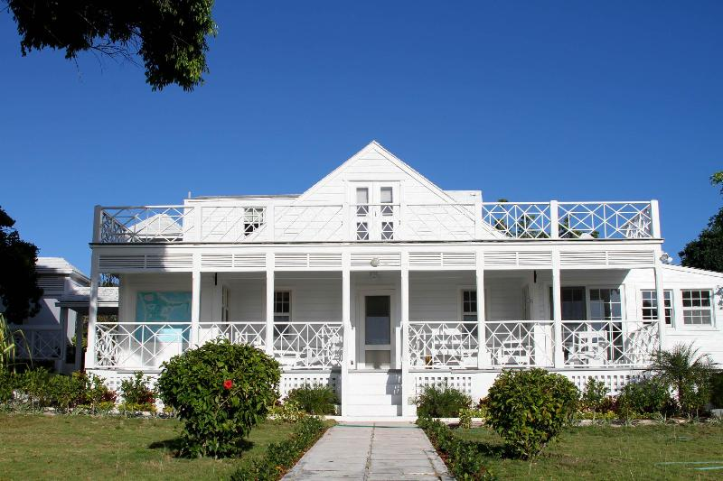 White Lodge - Image 1 - Harbour Island - rentals