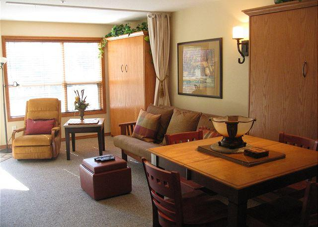 Living Room - Aspens #234, Cozy 1 Bdrm, Ski-in Ski-out, Free Wifi - United States - rentals