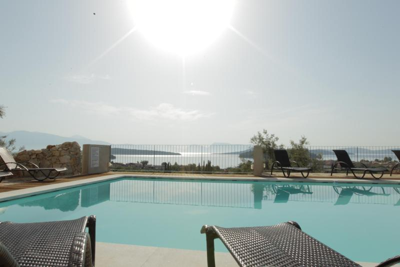 South Pool , Sea and Sun - Princes'Islands _ Luxury Residences _ Two bedrooms - Nidri - rentals