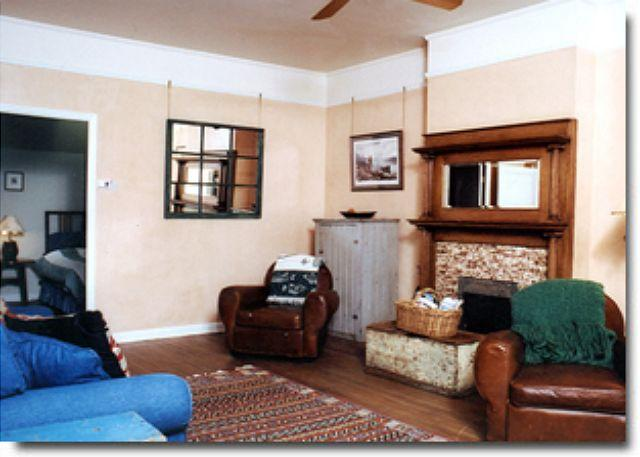 Cozy loft located in the heart of downtown Bozeman - Image 1 - Bozeman - rentals