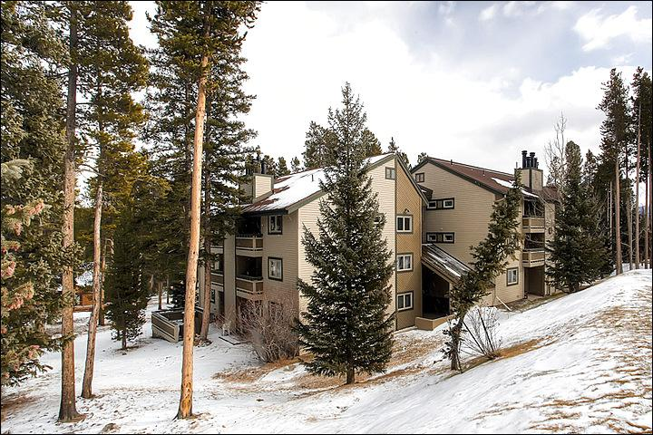 Welcome To Your Breckenridge Retreat - Stunning Valley and Mountain Views - Two Blocks from Nordic Center (13233) - Breckenridge - rentals