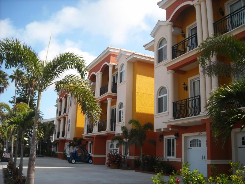 Water Front Beach Townhomes Complex - Water Front Three Story Beach Townhome - Redington Shores - rentals