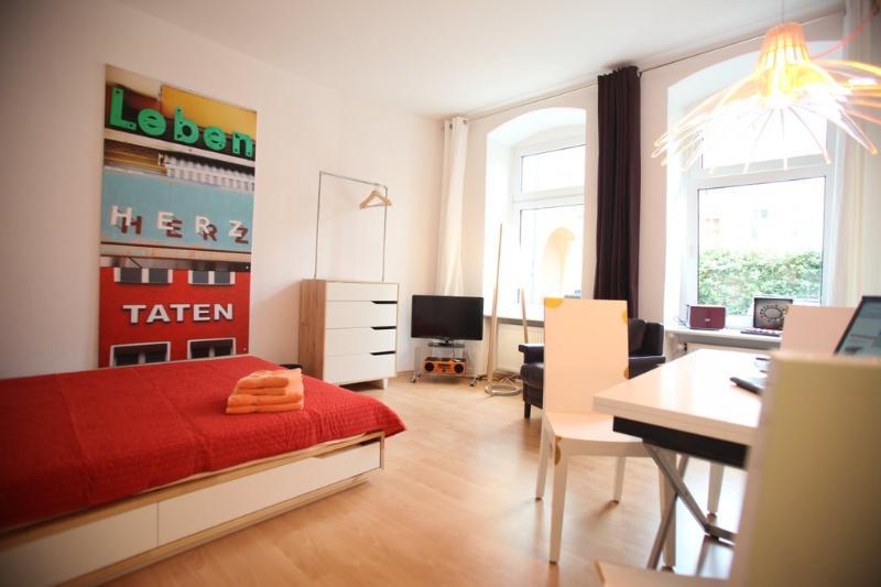 Gesundbrunnen Studio in Berlin, Germany - Image 1 - Berlin - rentals
