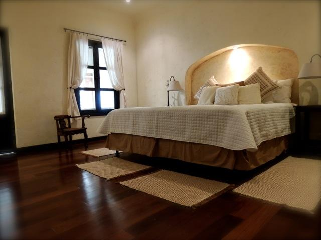 Master Bedroom - La Candelaria House downtown Antigua Guatemala - Antigua Guatemala - rentals