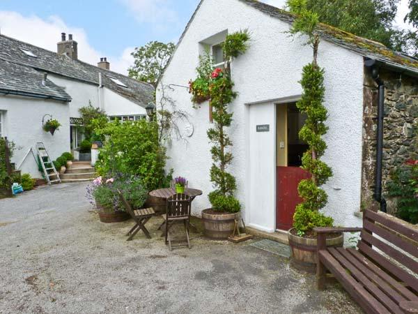 RANDEL, romantic pet friendly cottage, shared games room and grounds, pretty views, Bassenthwaite Ref 17848 - Image 1 - Bassenthwaite - rentals