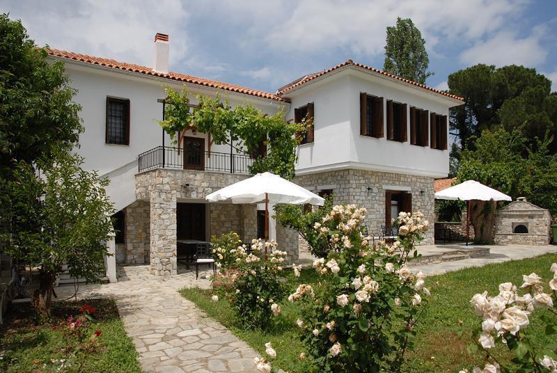 Villa Befani: Arbor Condo Side - Villa Befani - Arbor Condo for 5 people - Chorto - rentals