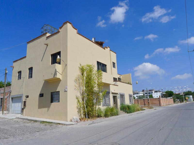 Casa Alegria - Beautifully appointed apartment 3 - San Miguel de Allende - rentals
