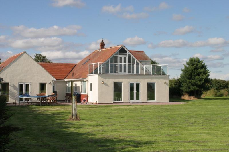 Semi Detached Newly built property - Semi Detached Annexe in 1 acre..Sea front.Barmston.Bridlington - Bridlington - rentals