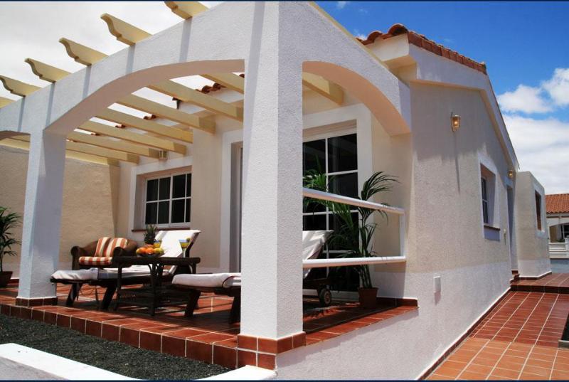 Luxury Bungalow in Caleta de Fuste - Image 1 - Caleta de Fuste - rentals