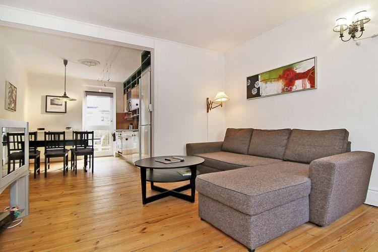 Wiedeweltsgade B Apartment - Large Copenhagen apartment near the lakes - Copenhagen - rentals